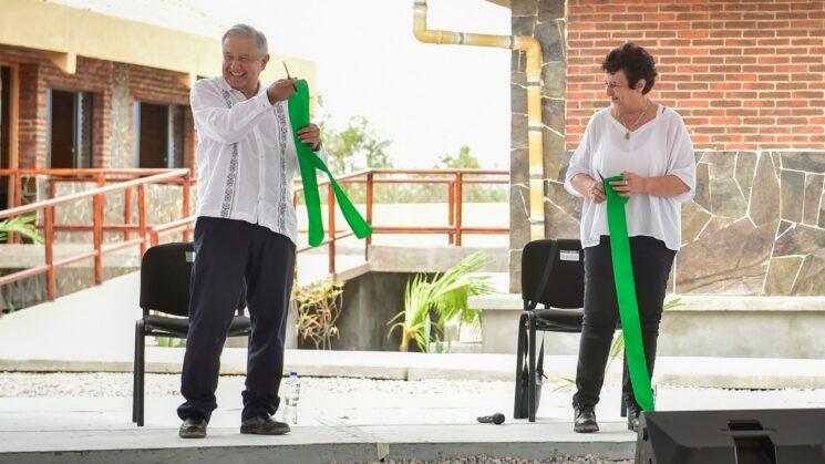 Inaugura AMLO Universidad para el Bienestar en Atoyac, Guerrero
